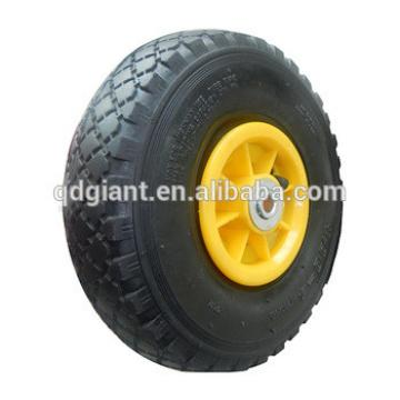 Rubber wagon wheels with plastic rim